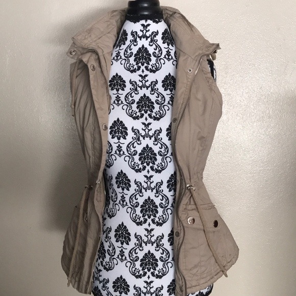 Jackets & Blazers - Trendy Fall Vest